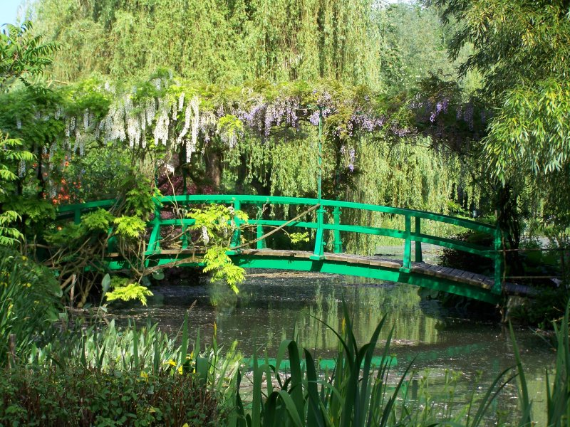 Giverny Culture and Travel Paris Guided Tour Visit